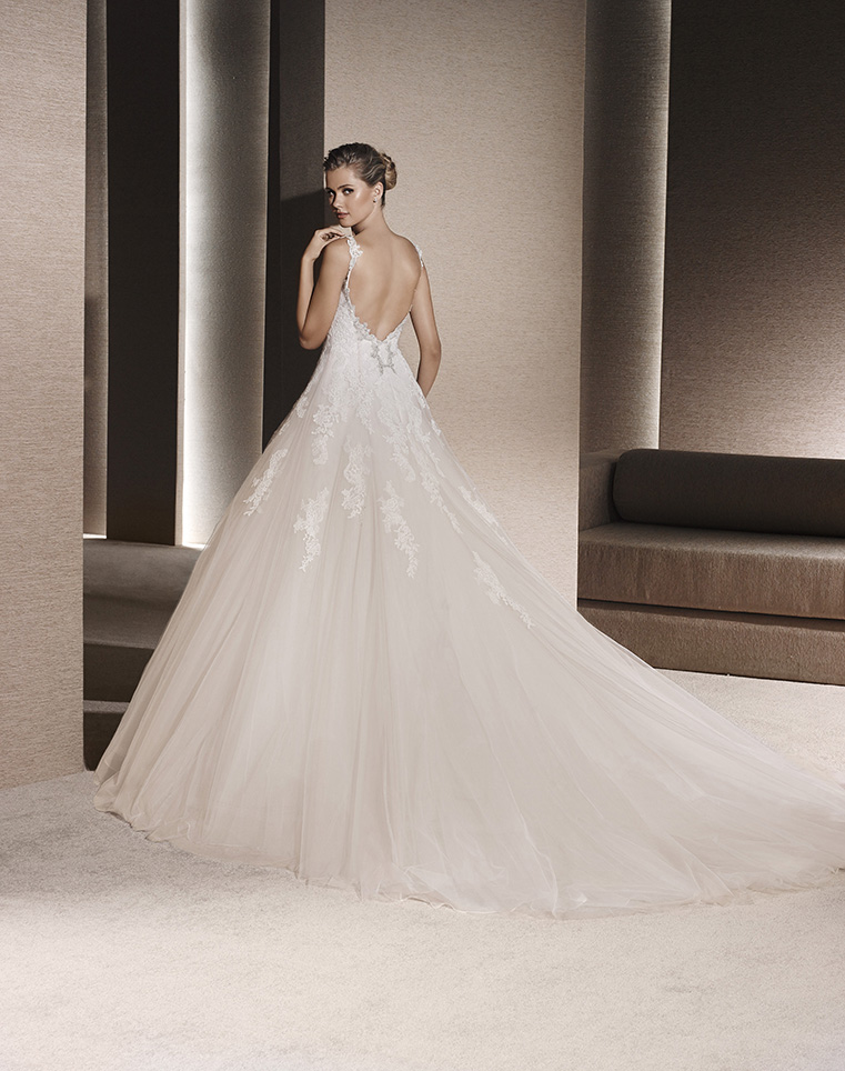 La Sposa Pronovias 22673