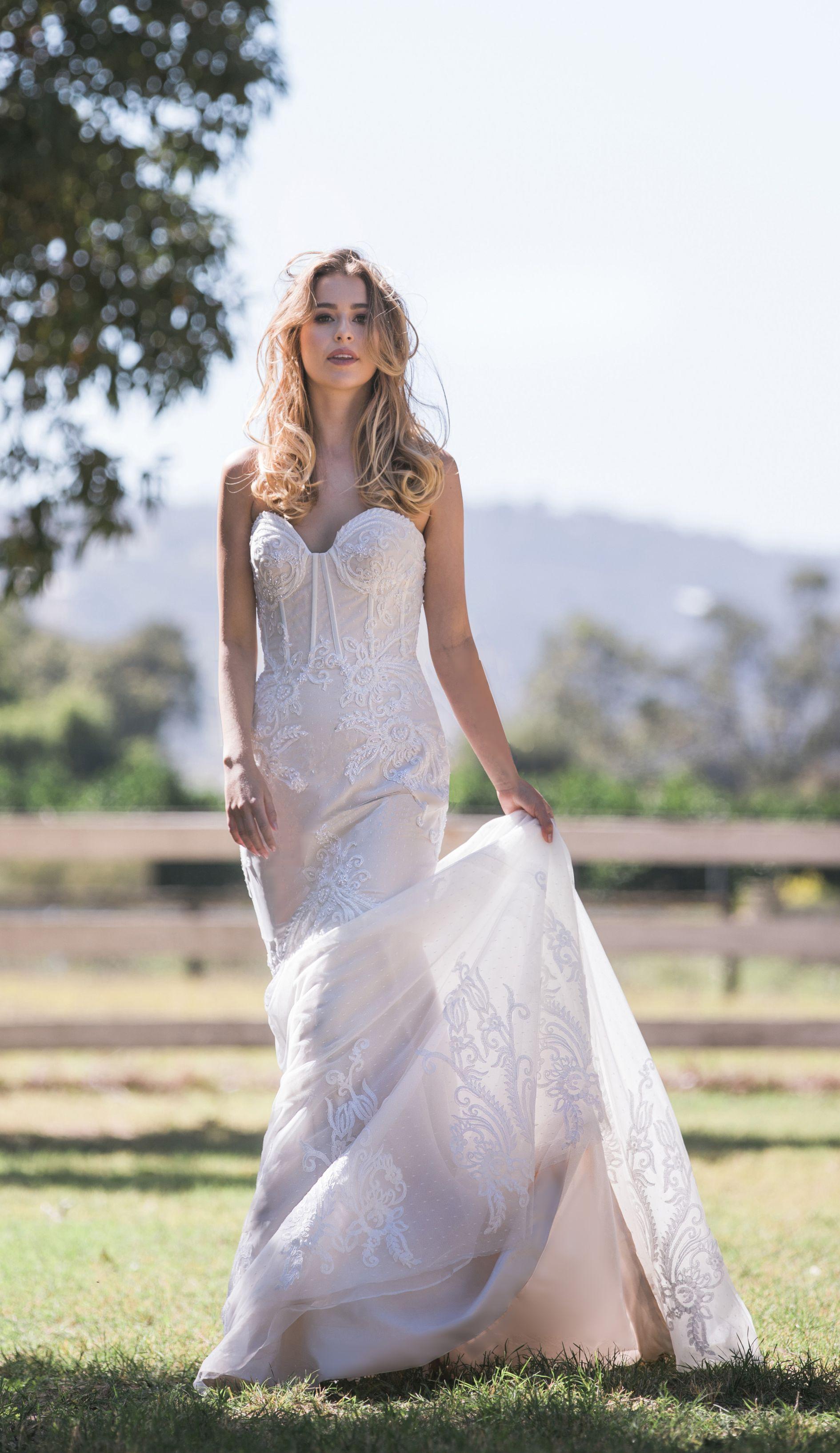 Cizzy Bridal 40198